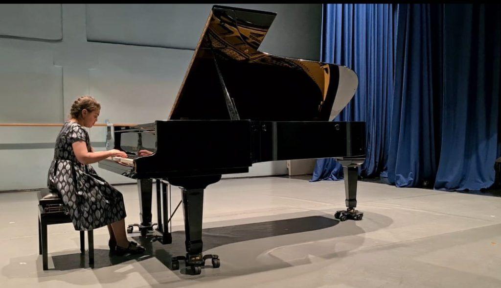 """Конкурс-фестиваль по предмету """"Общее фортепиано"""""""